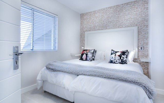 Minimalist Interior Design – Choices That Will Bring Calm to Your Room